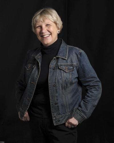 Jacqueline Kent
