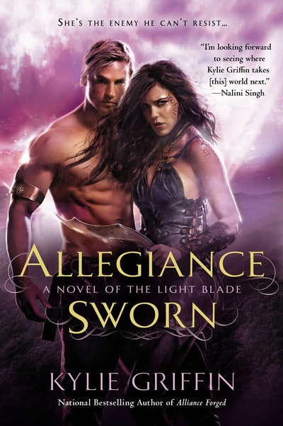 Allegiance Sworn: A Novel of the Light Blade Book 3