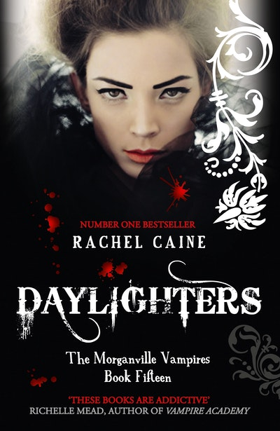 Book Cover:  Daylighters: The Morganville Vampires Book Fifteen