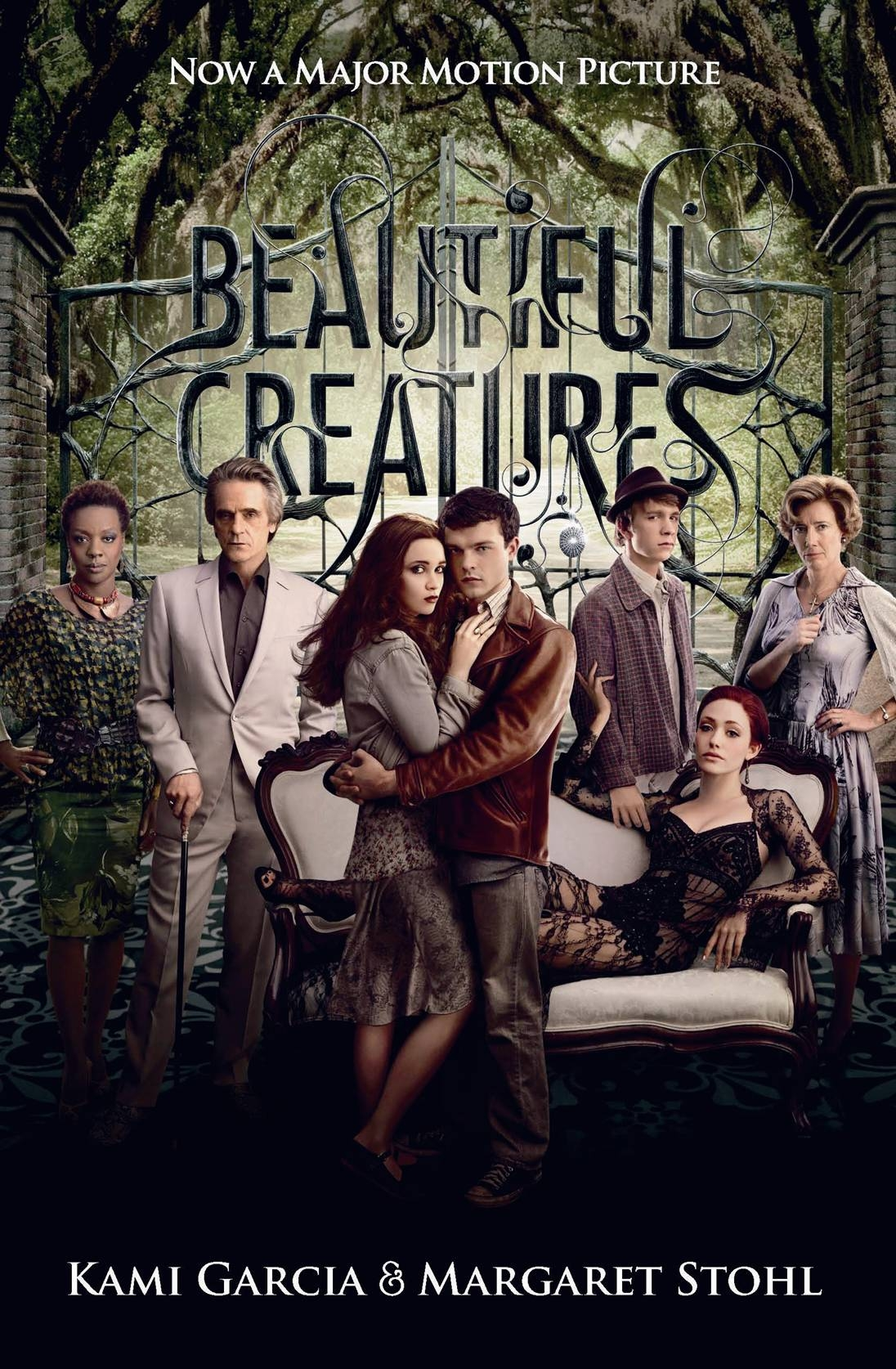 Book Cover:  Beautiful Creatures: Caster Chronicles Film Tie In